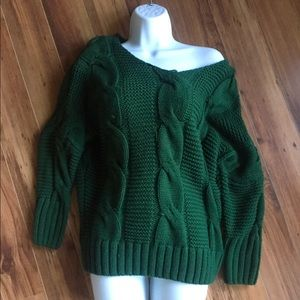 Green Long Sleeve Cable-Knit Sweater